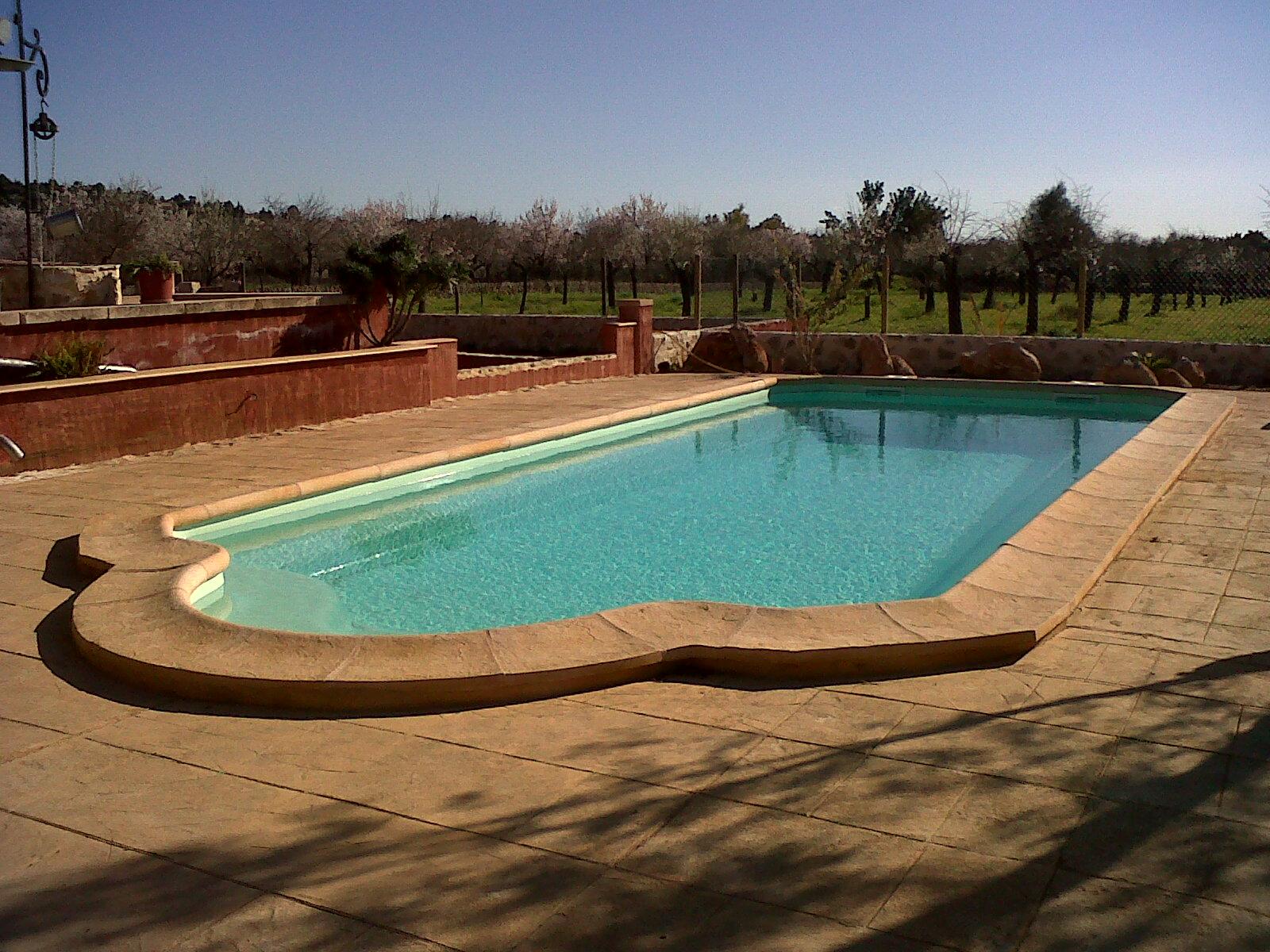 Cat logo piscinas mallorca europa piscinas palma for Piscinas prefabricadas mallorca